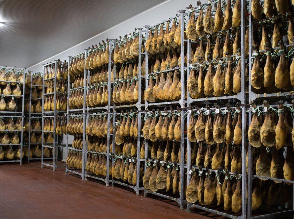 Fabricantes de jamones y embutidos ibéricos de los pedroches